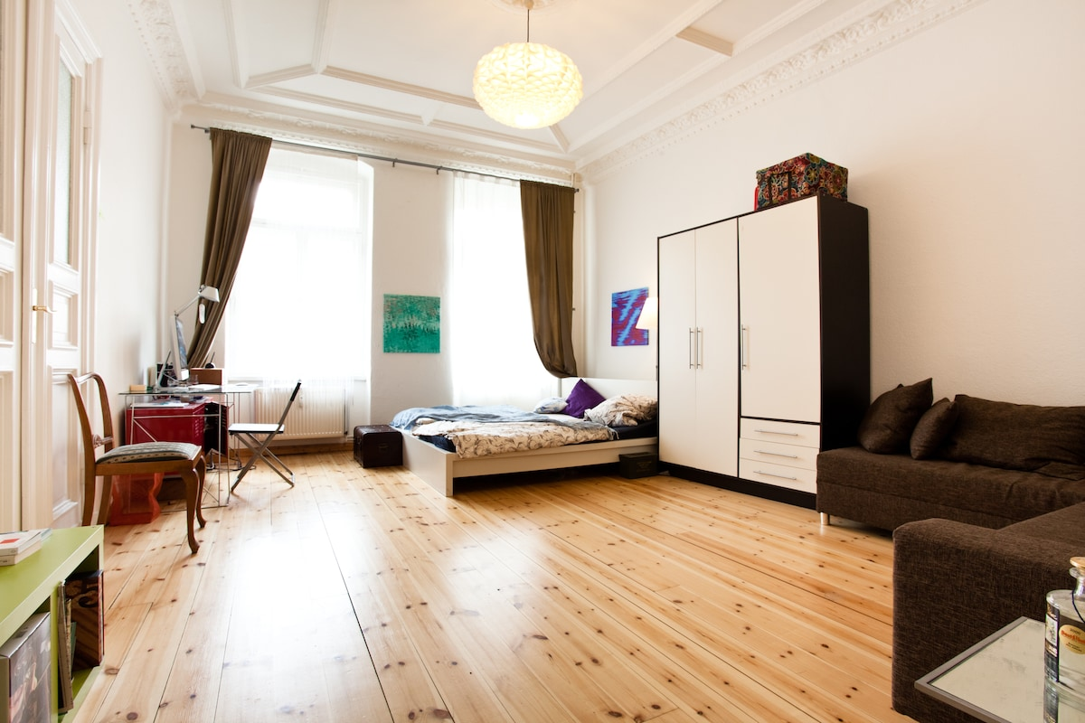 lofty city chic: ministry of MITTE