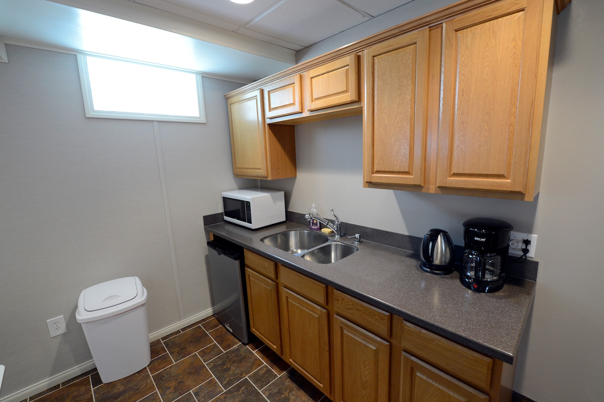 Family Friendly Private Guest Suite