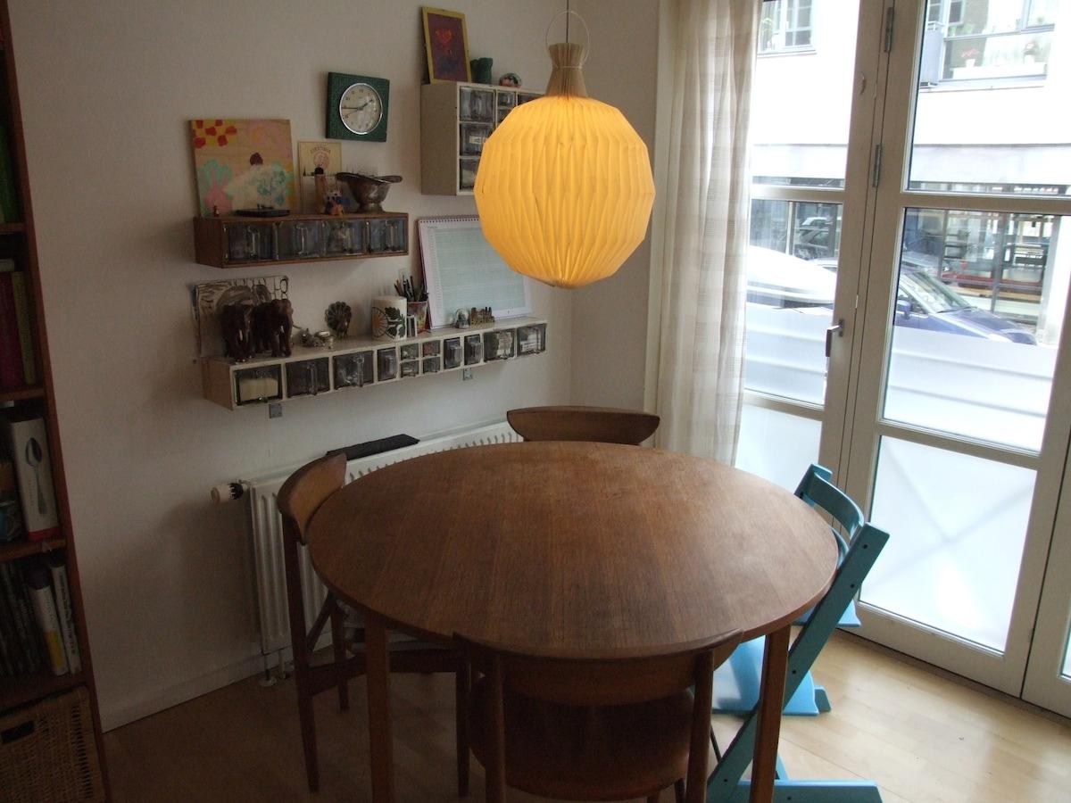 Apartment w. small garden /Cph. V