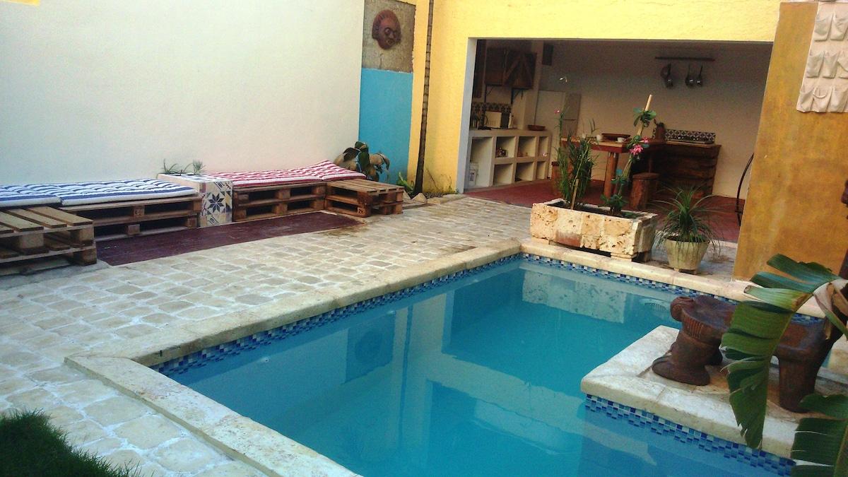 Z.Colonial*piscina*wi-fi* (iguana)