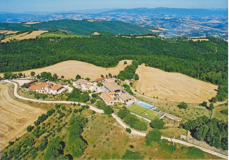 Charming house with view on Todi