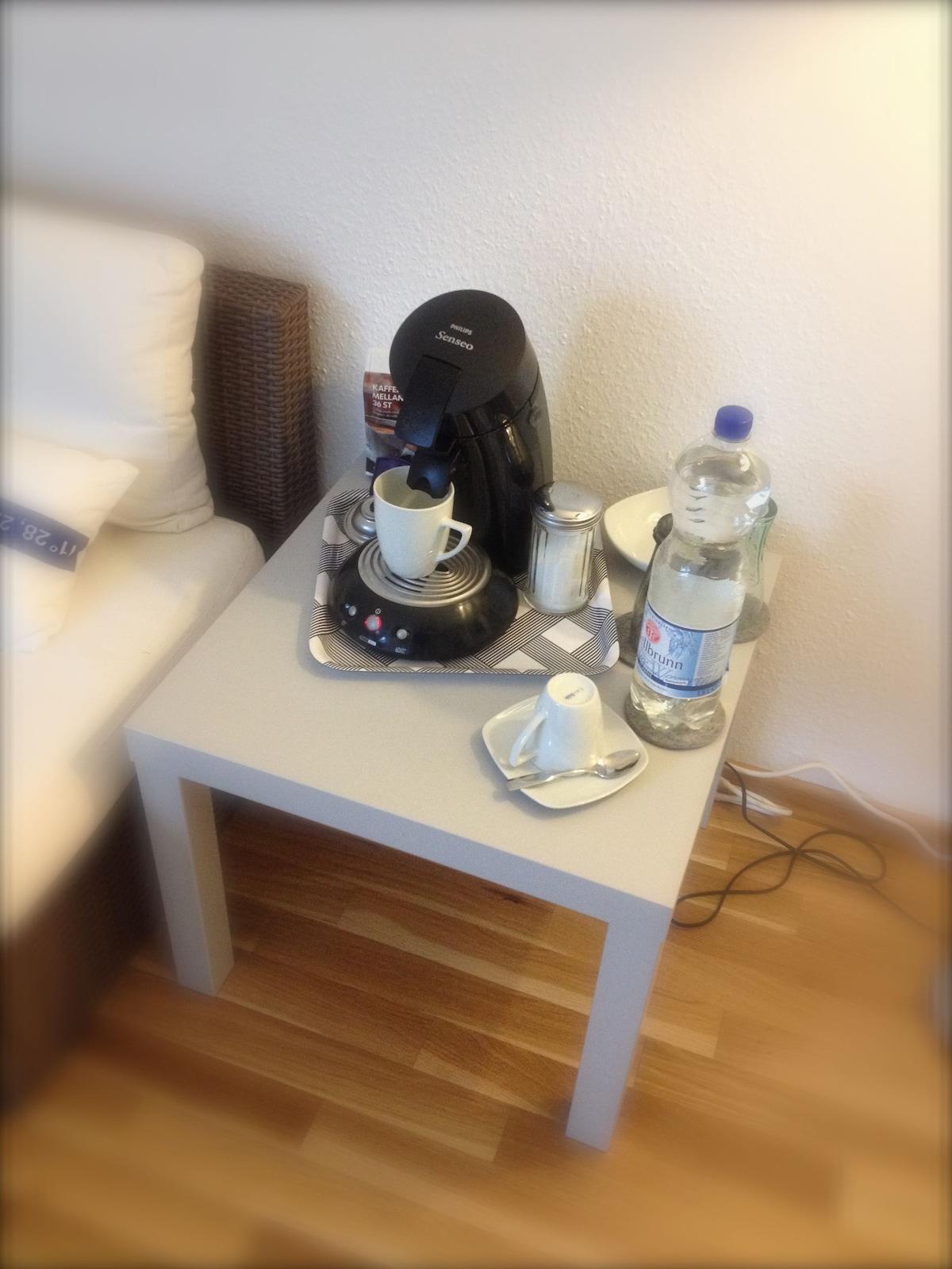 Kaffe oder Wasser