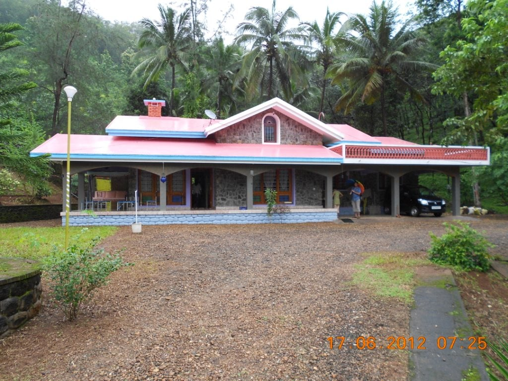 Plantation Bungalow for Home Stays