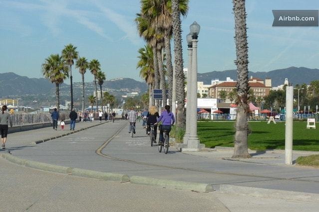 Close to famous Venice Beach, Bike Paths and Walk Paths