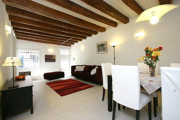 Venice - Apartment Gugghenheim