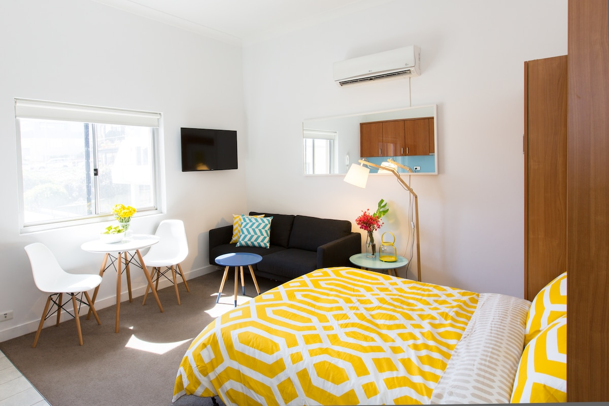 Boutique Studio on Bondi Beach