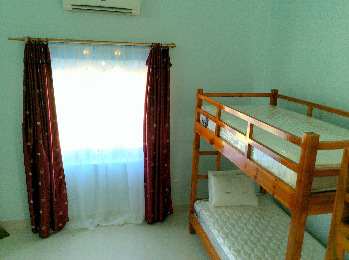 Ocean View Homestay- Dormitory room