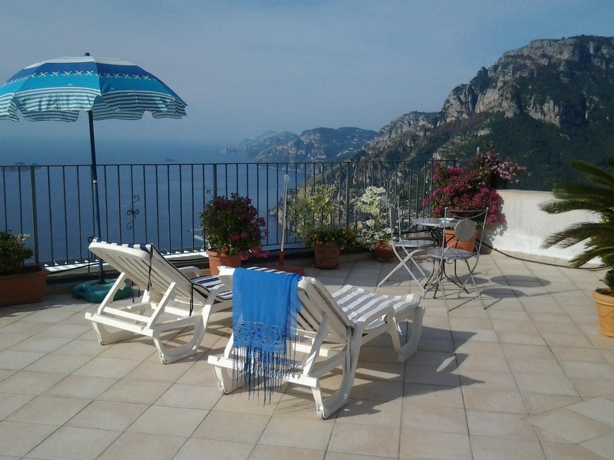 Niceroom on the hill of Positano
