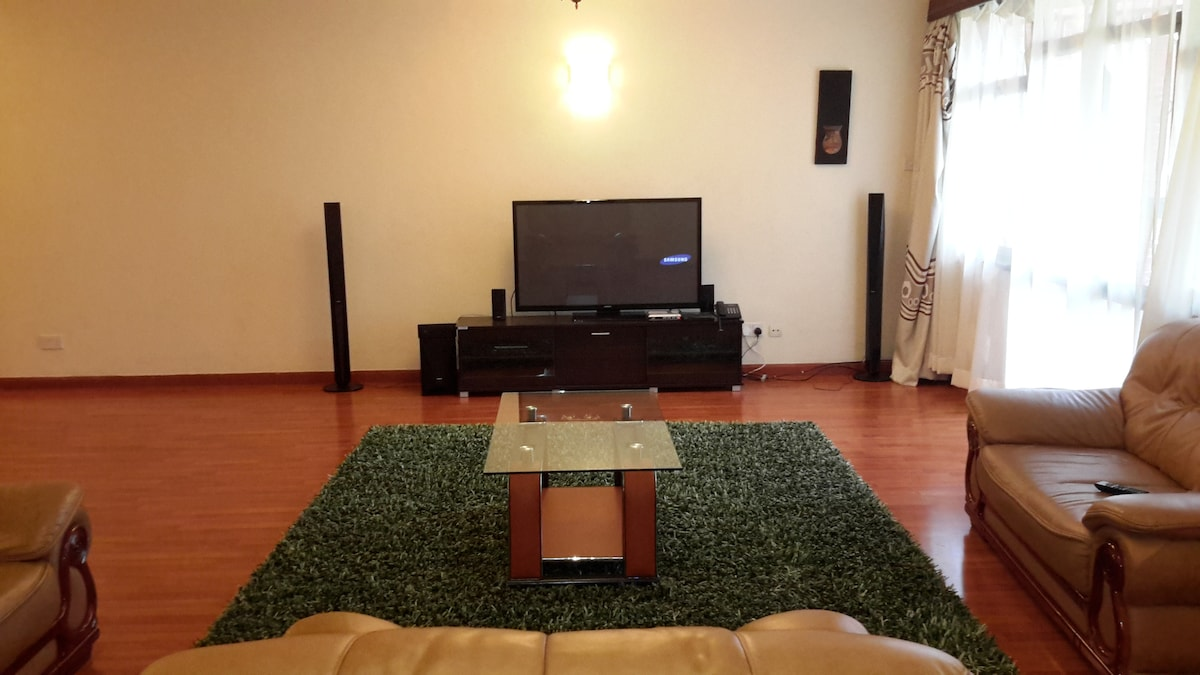 3 bdrm apptm + Dsq fully furnished