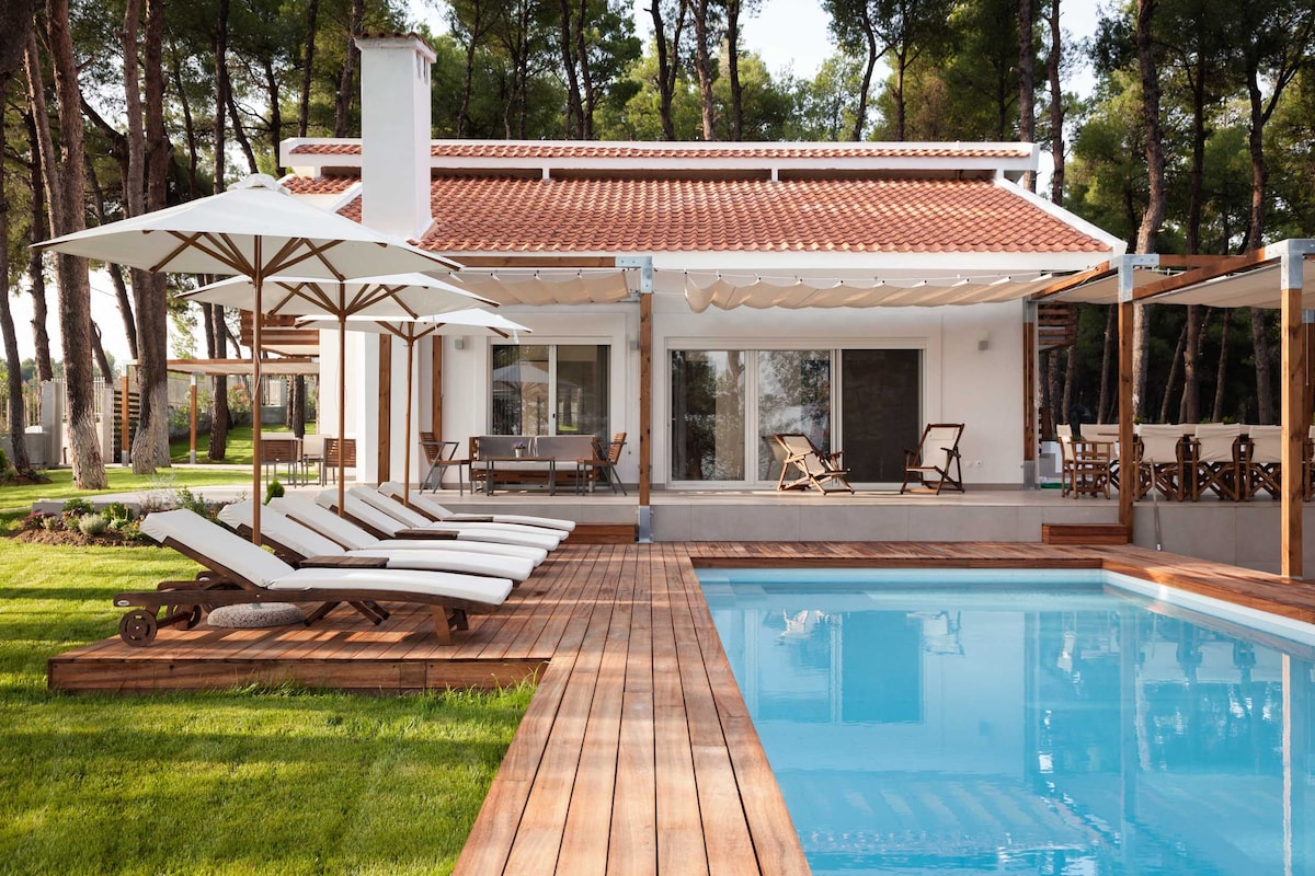 THE WHITE VILLA AT SANI HALKIDIKI