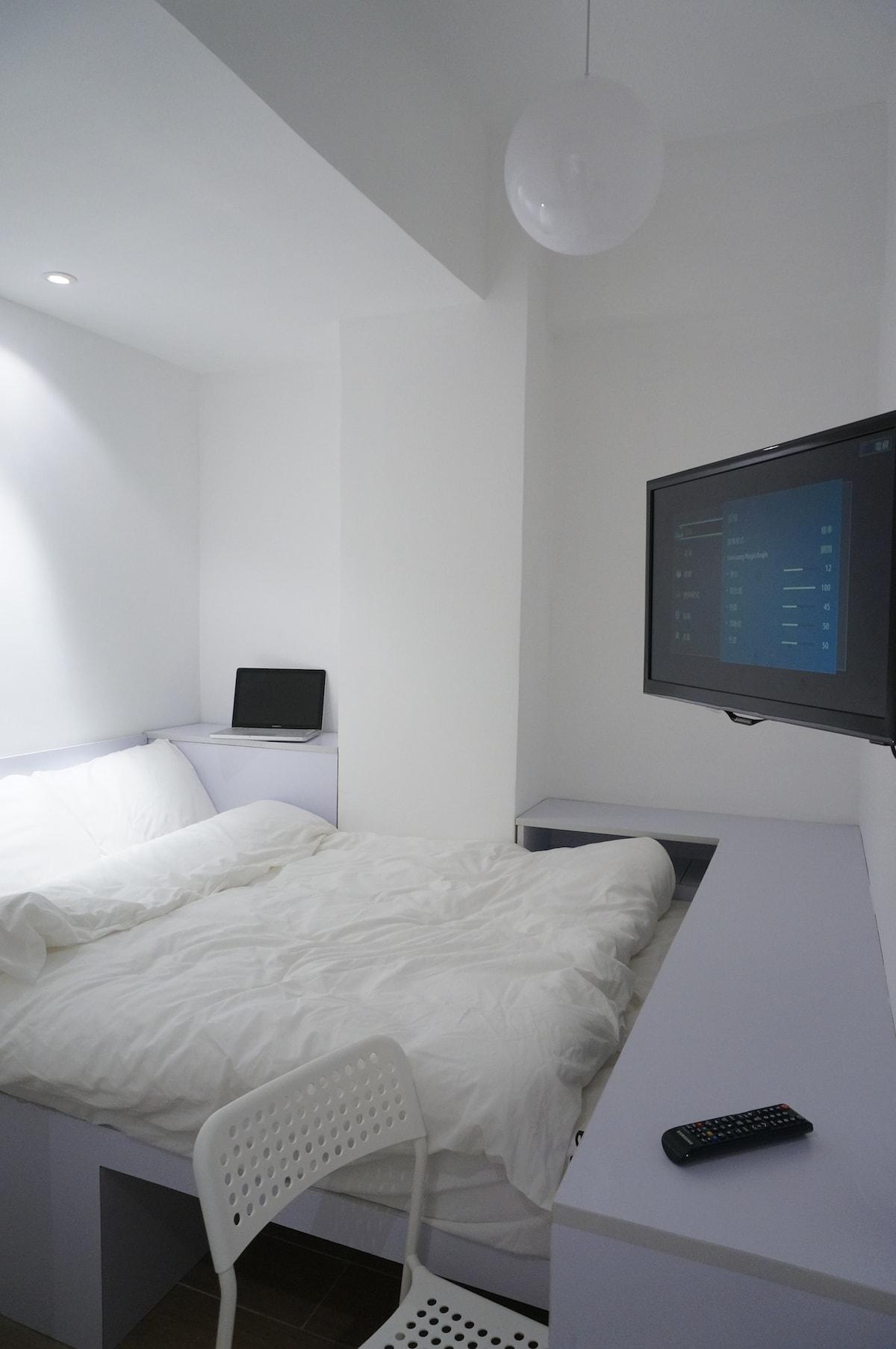 Hong Kong Apartment (Double bed 1)