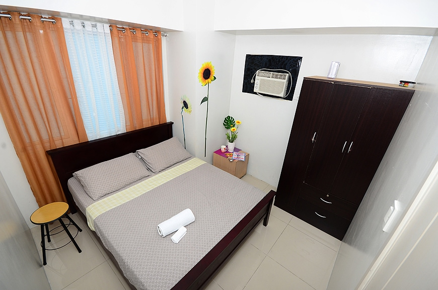 2 Bedroom Suite across Mall of Asia