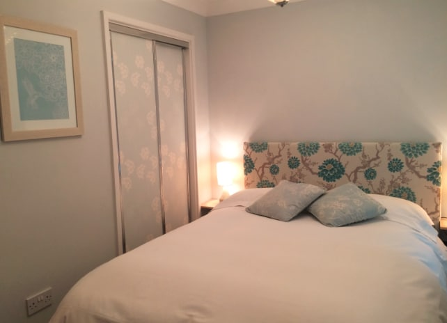Lovely double bedroom, soft and romantic