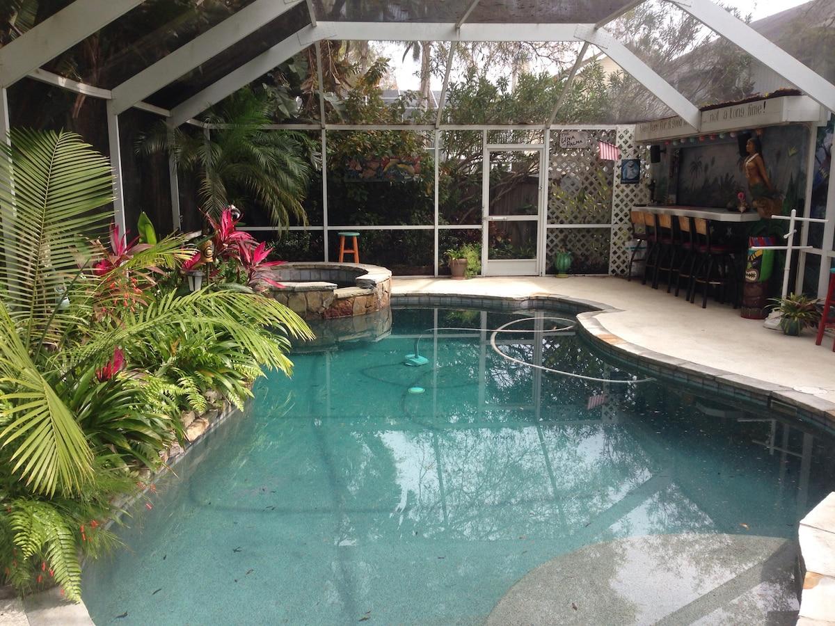 Tropical Garden Suite