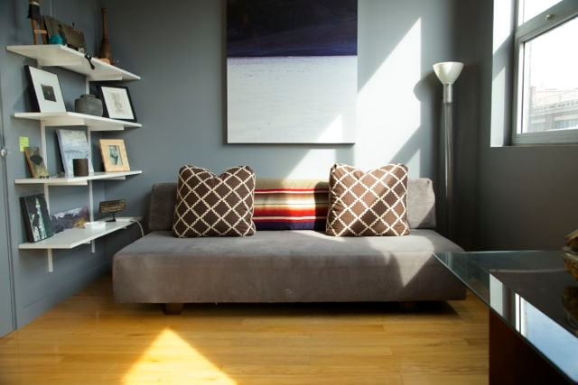 Daybed in living room sleeps one person