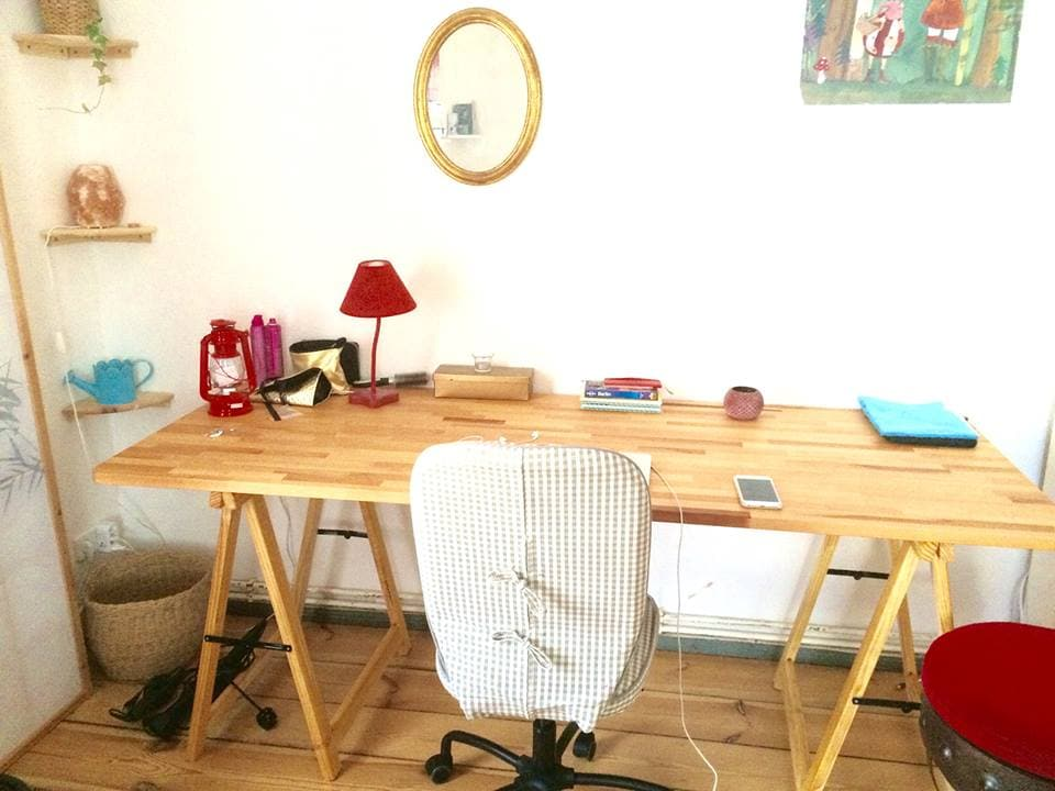 Bedroom - view on the desk (2m long)