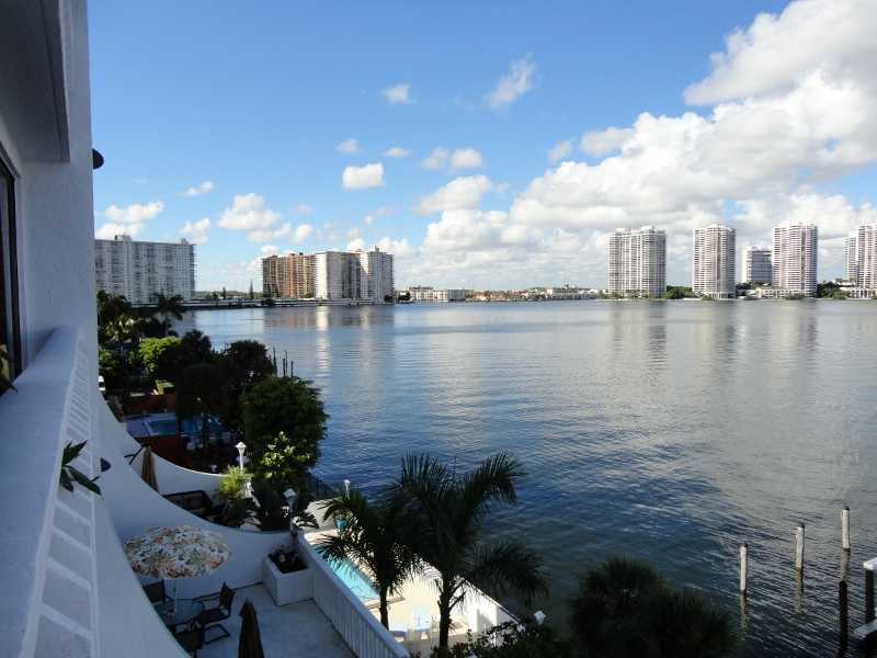 1 bdr in Sunny Isles monthly