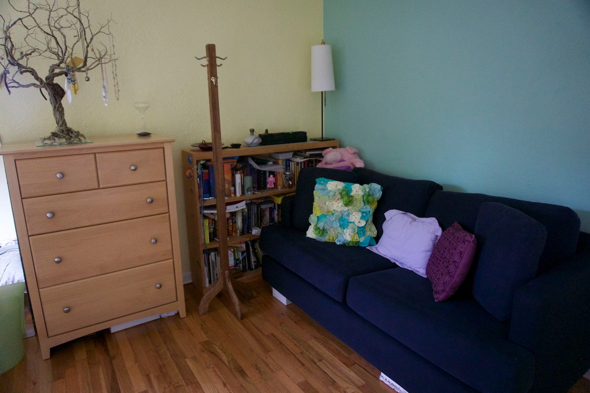 Large sofa for lounging in your room. Brought too many suitcases? Don't worry, we have 4 drawers to store your things.