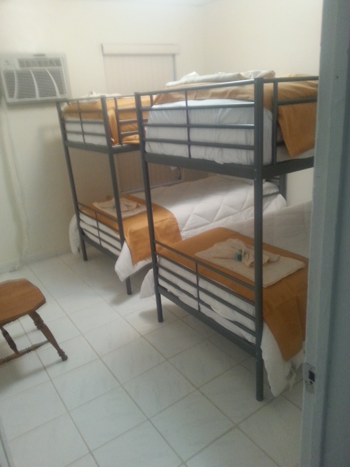 Bed 6 Dormitory Hostel Style