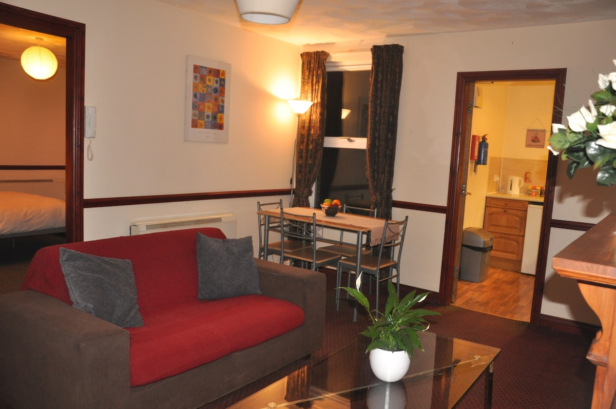 Homely flat in ideal location