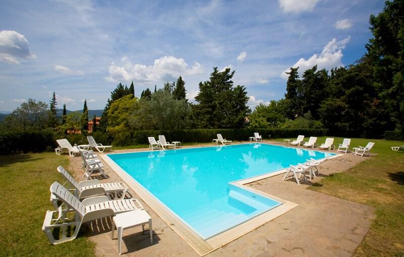 Flats villa & pool medieval village