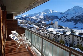 Sestriere Palace 2 six beds