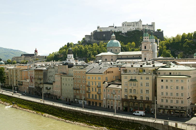 Salzburg: ALTSTADT 2 (price for 2)