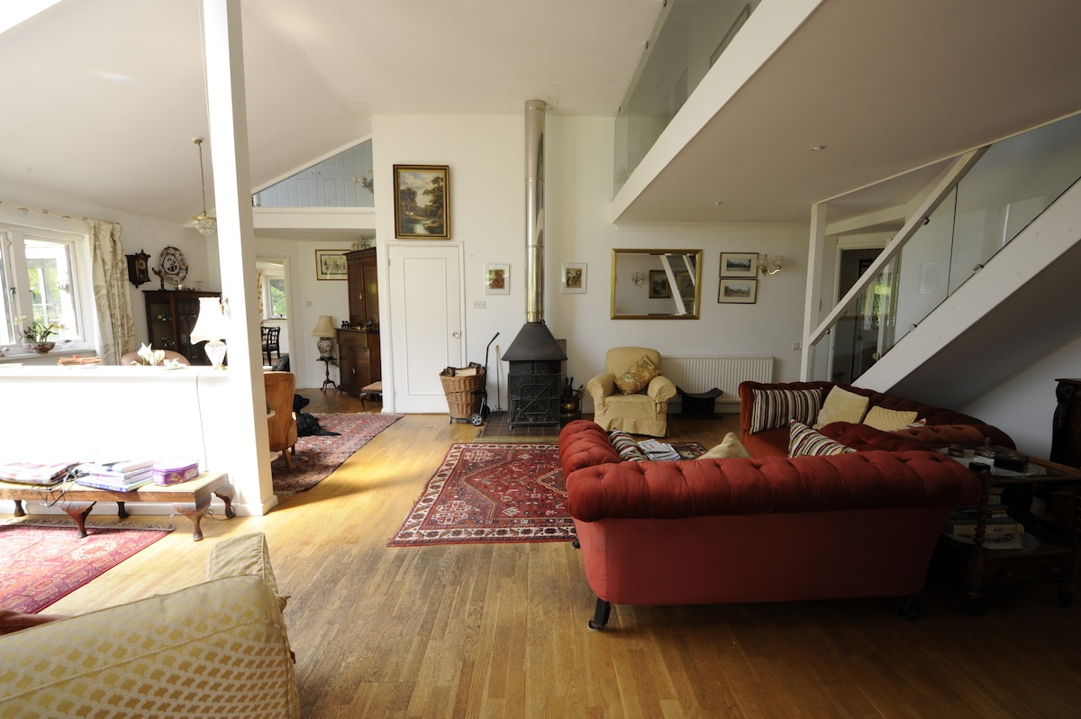 Another view of the livign room and the wood burning stove - cosy in the chilly winter weather.