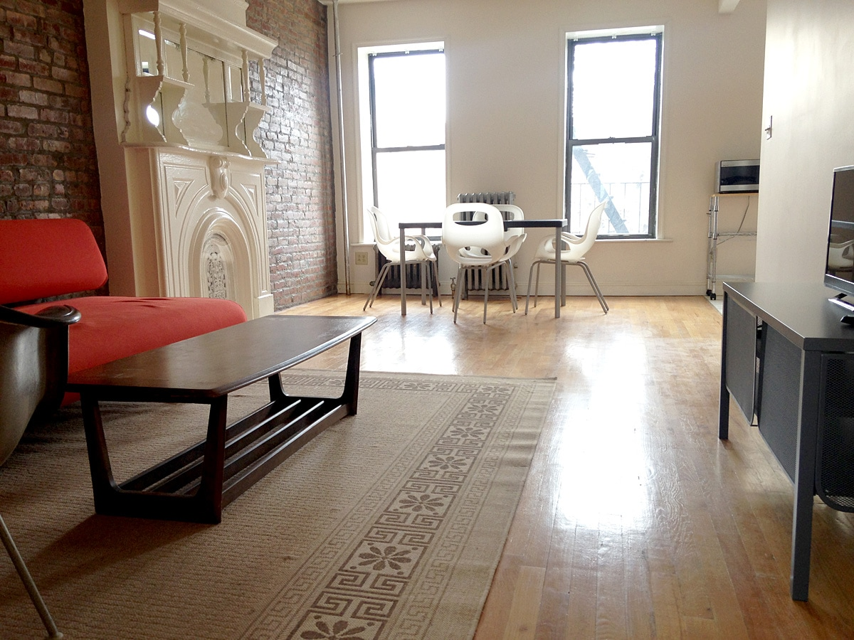 Charming, quiet and comfortable 1BR