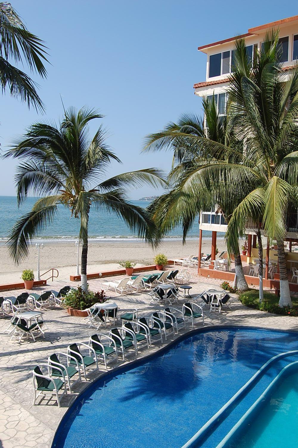 Beachfront 3 bedroom, Bucerias town