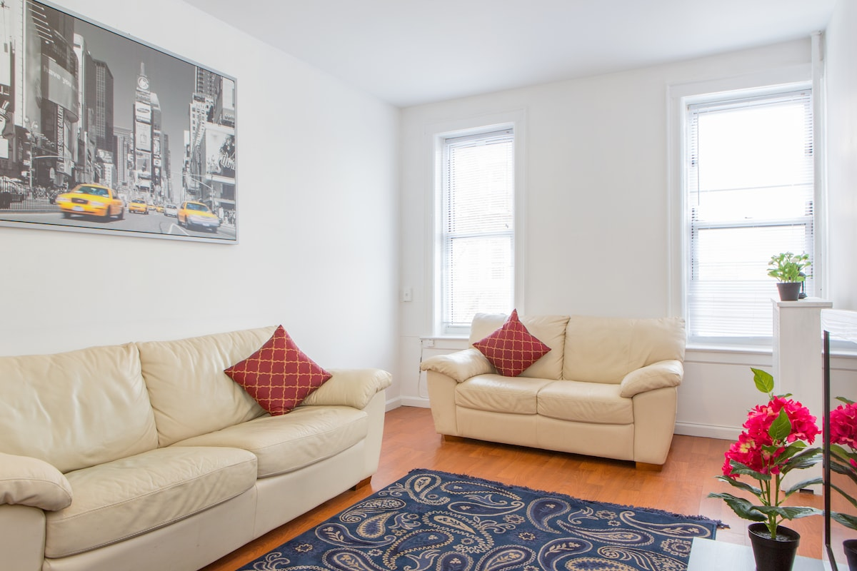 BRAND NEW THREE BEDROOM IN BAYRIDGE