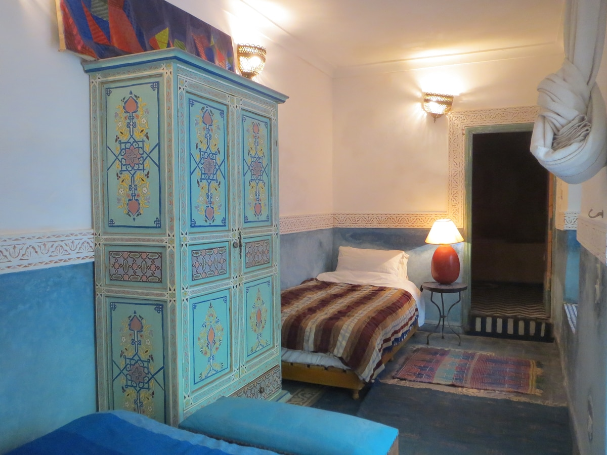 Riad Maizie Blue Courtyard Double