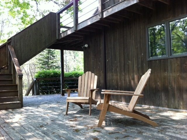 Hang out on shady deck