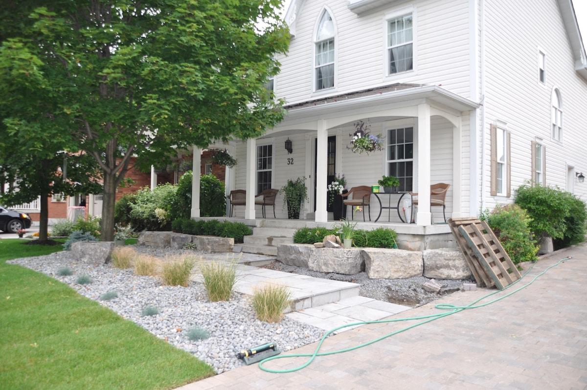 Modern home in Brooklin