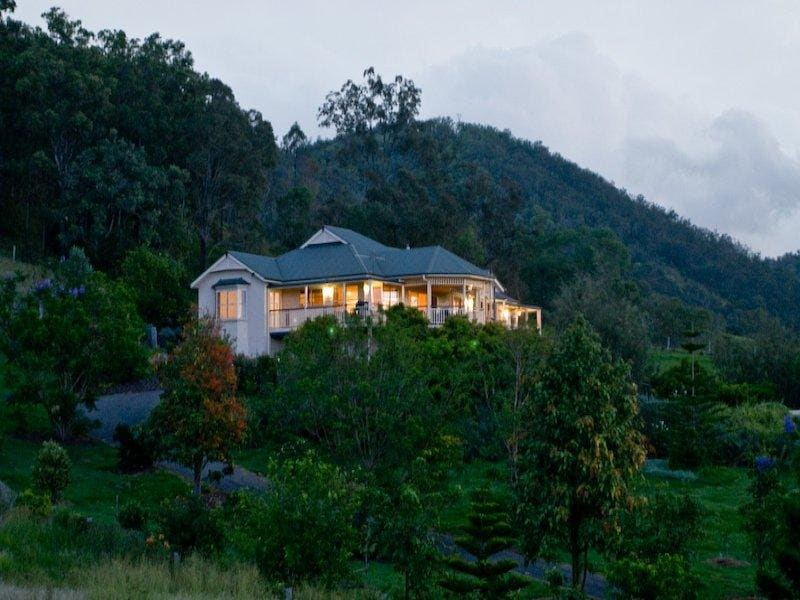 Country Retreat - Samford Valley