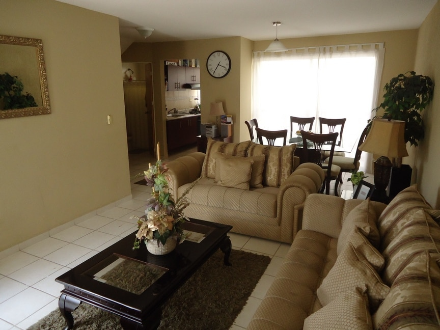 Home only 15mins from Fair Grounds