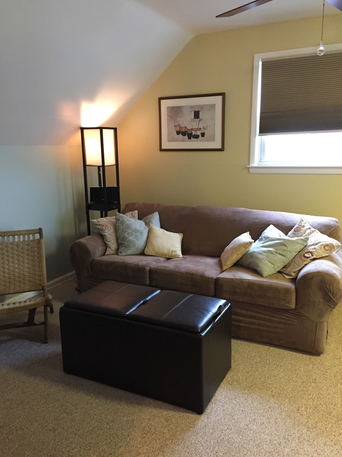 cozy, comfy, beachy, homey, cottage