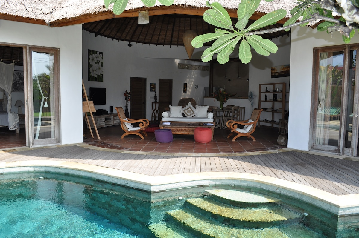 BEAUTIFUL VILLA - WITH TRANQUILITY