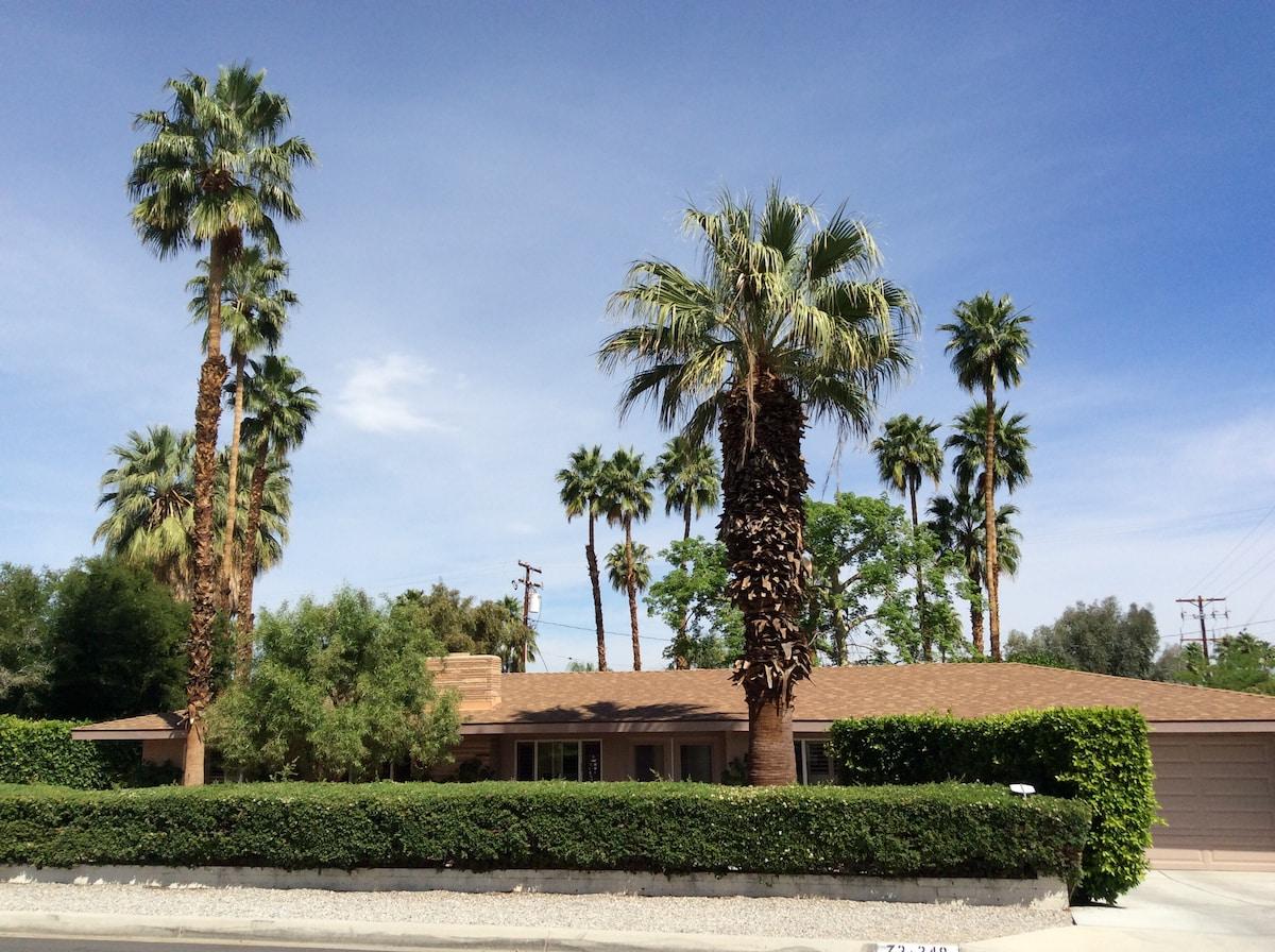 Coachella & Stagecoach Pool Home!