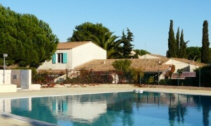 6/8 personnes, piscine, parking