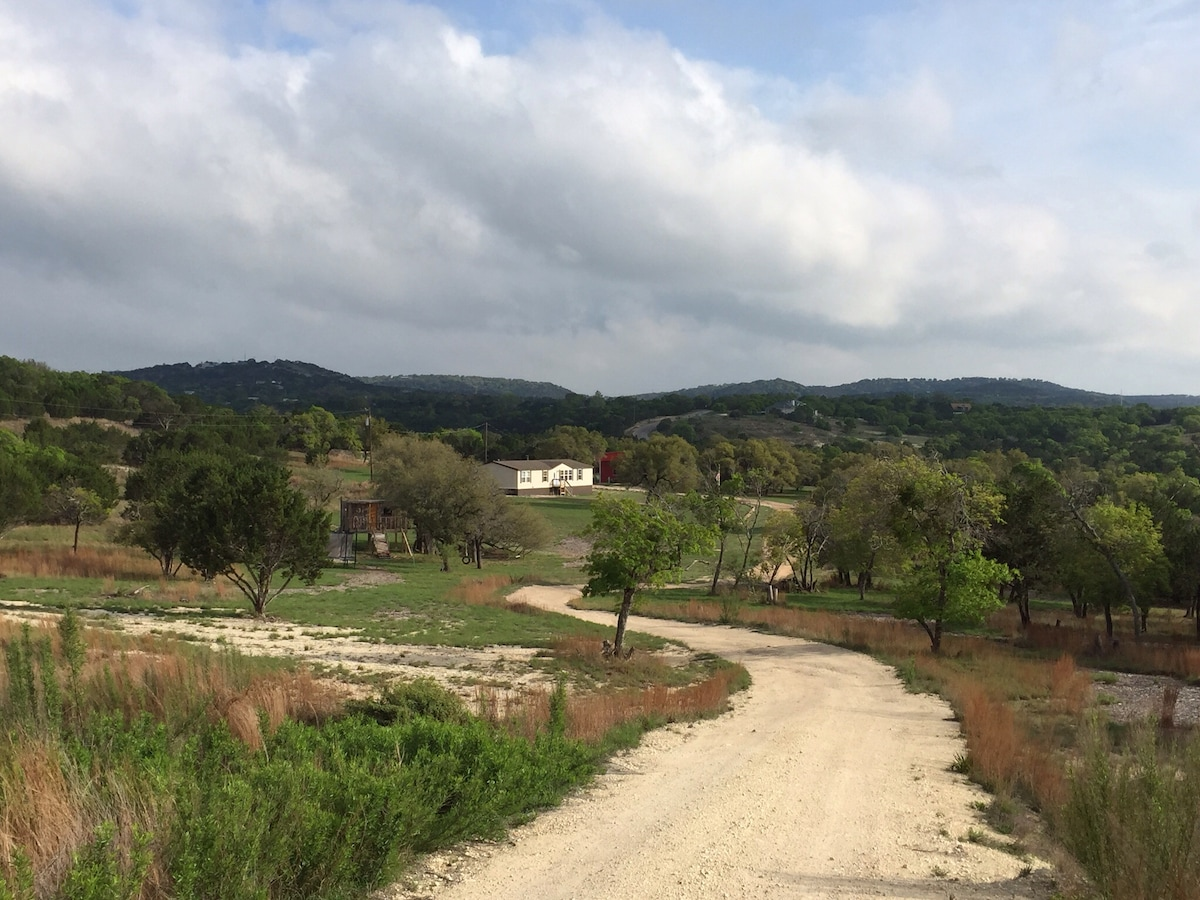 10+ Acres - TX Hill Country Rental