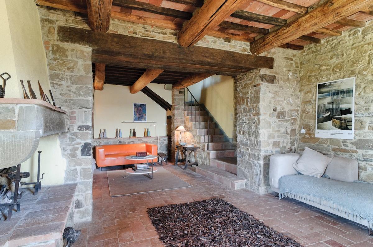 """Enchanting Tuscan Villa - """"Charming"""