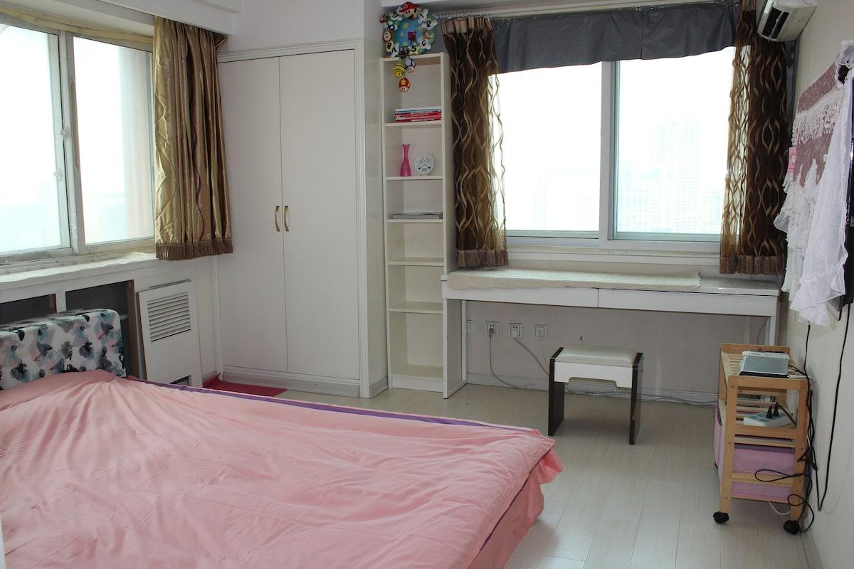 酒店式公寓大床房