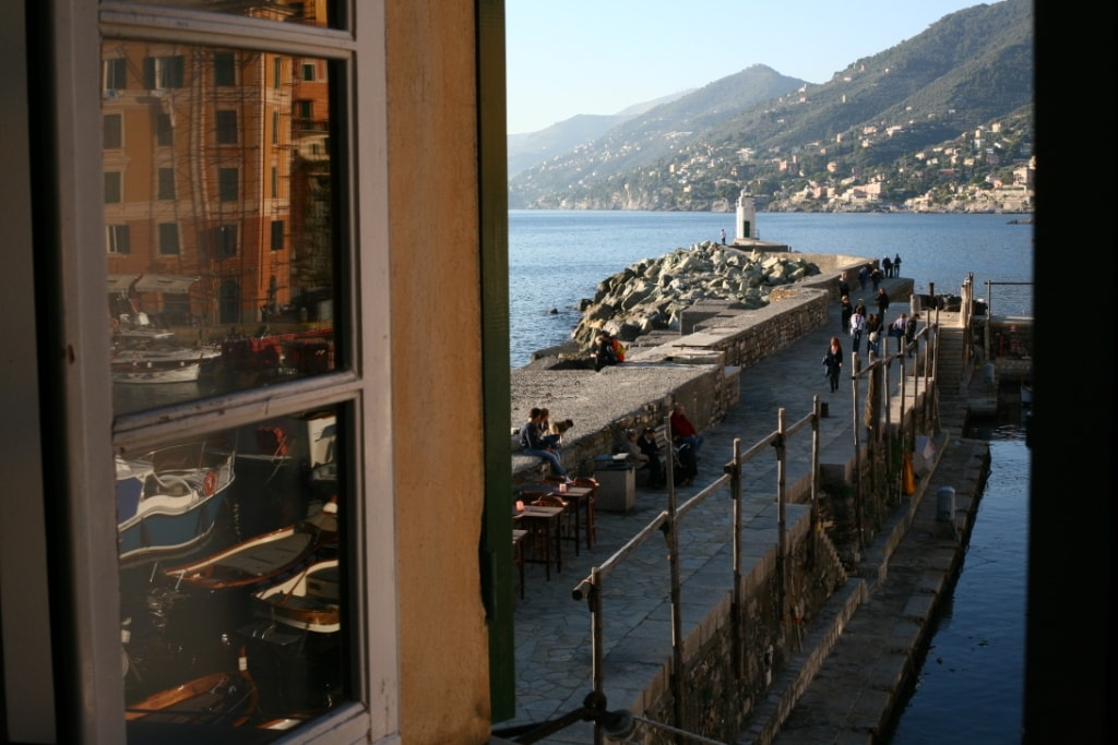 Camogli romance on the old port