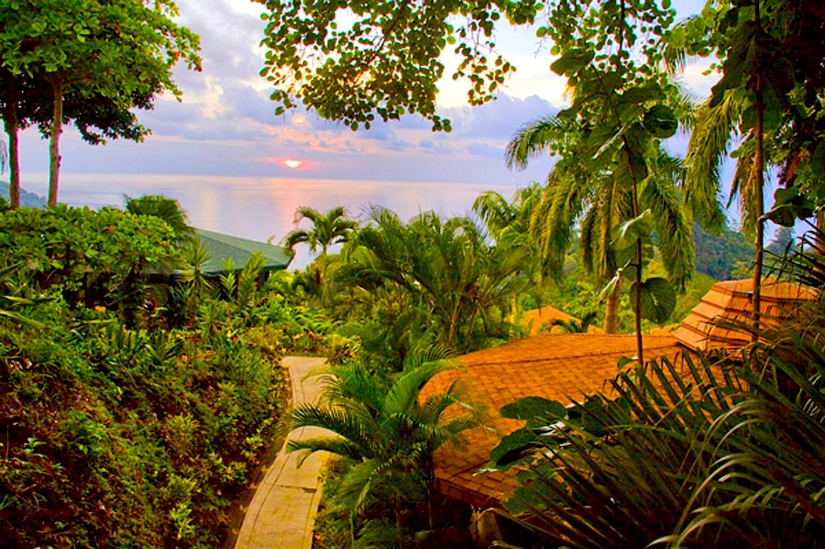 Tulemar Bungalow-Ocean views, 1 bdr