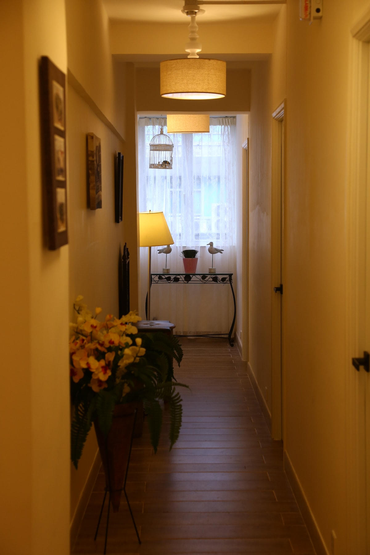 1 min to MongkokMTR Cozy&Clean4beds