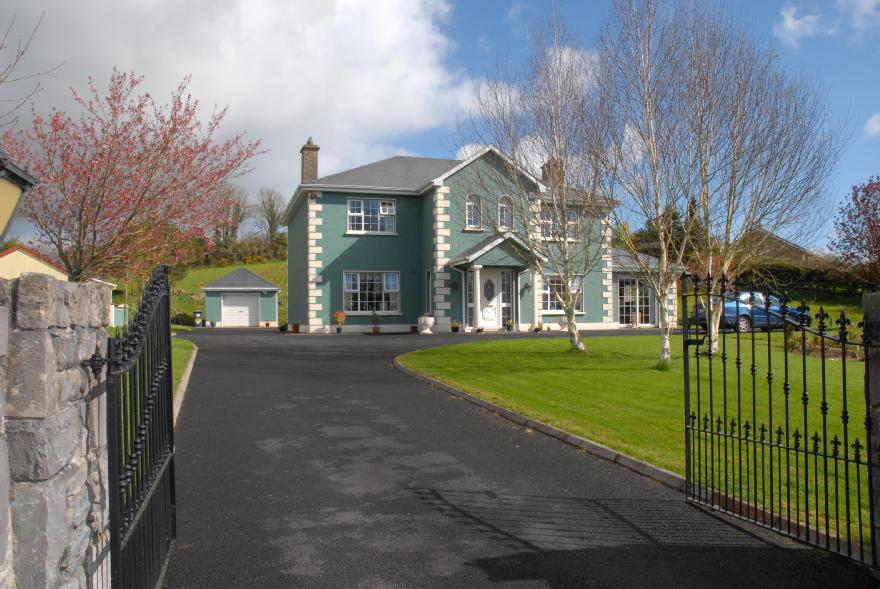 Moonlight House B&B Ireland