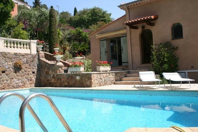 Villa with a Sea View - WaterFront