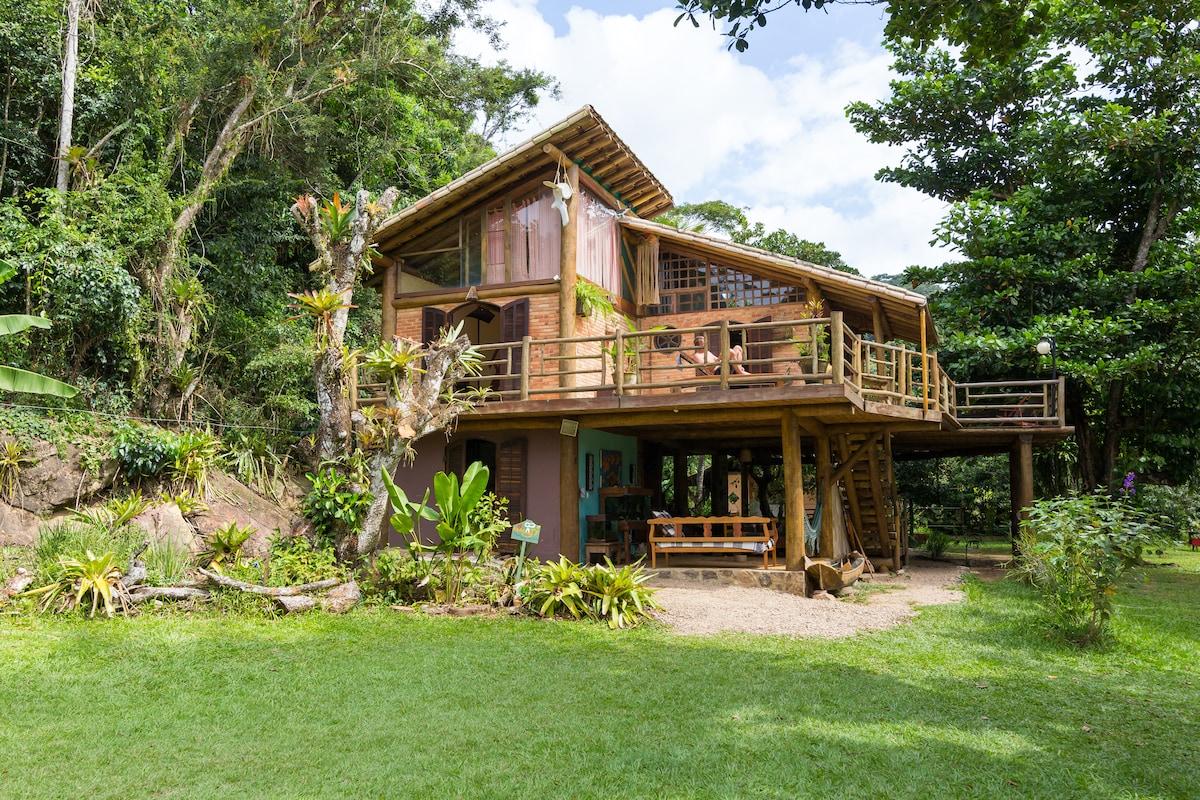 Amazing Tree House in Paraty -Mirim