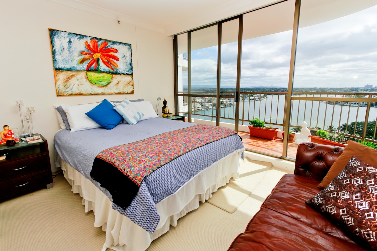 Main bedroom with broadwater water views